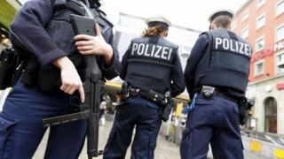 Ζευγάρι Γερμανών έδωσε τον γιο του σε παιδόφιλους μέσω του «σκοτεινού διαδικτύου»