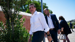 Σε εξέλιξη η ευρεία σύσκεψη υπό τον πρωθυπουργό στο Λαύριο
