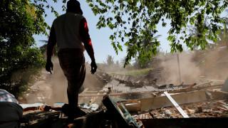 Σεισμός Ινδονησία: Στους 131 οι νεκροί και δεκάδες χιλιάδες άστεγοι
