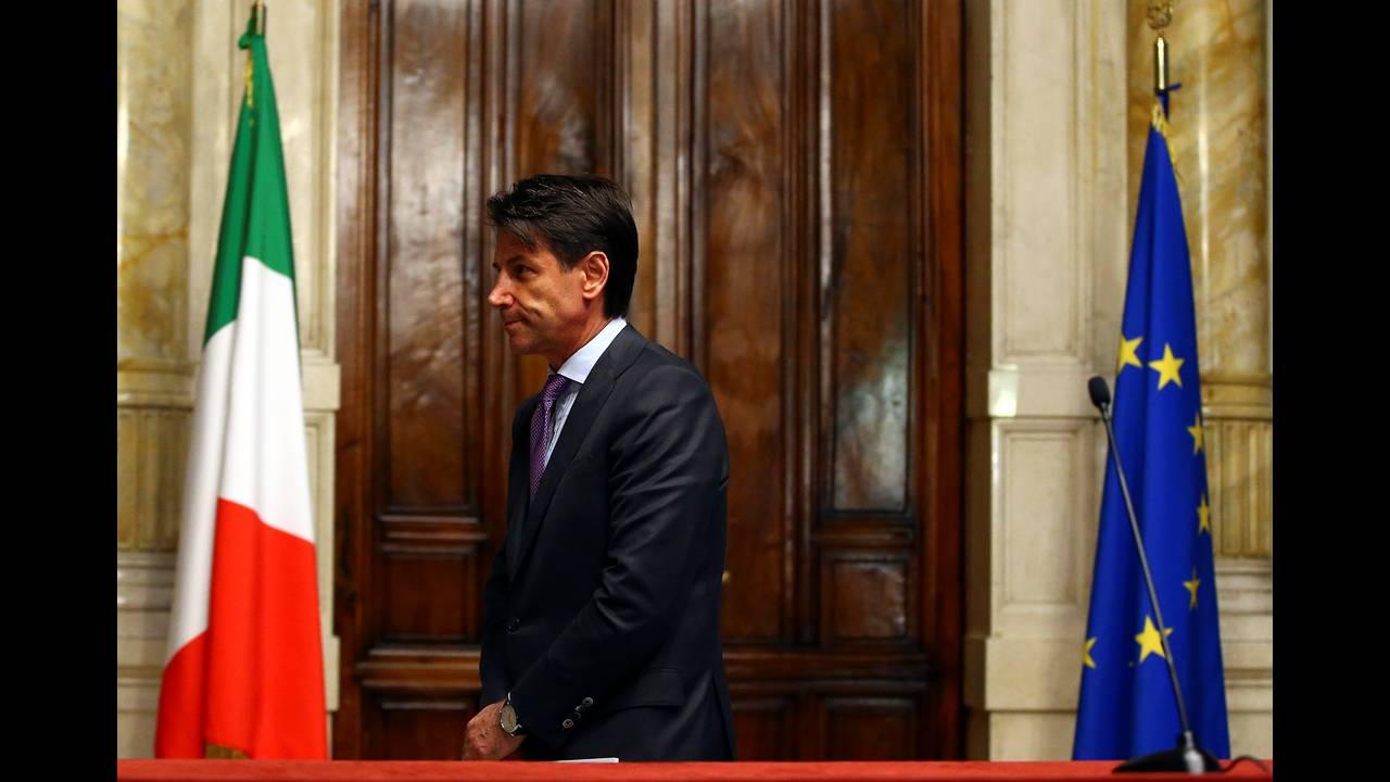 https://cdn.cnngreece.gr/media/news/2018/08/08/141939/photos/snapshot/2018-05-24T182653Z_1628836207_RC11EA60E9D0_RTRMADP_3_ITALY-POLITICS.JPG