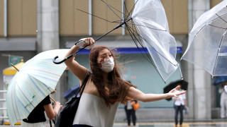 Ιαπωνία: Σε επιφυλακή η χώρα λόγω του τυφώνα «Shanshan»