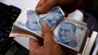 Νέα «βουτιά» για την τουρκική λίρα