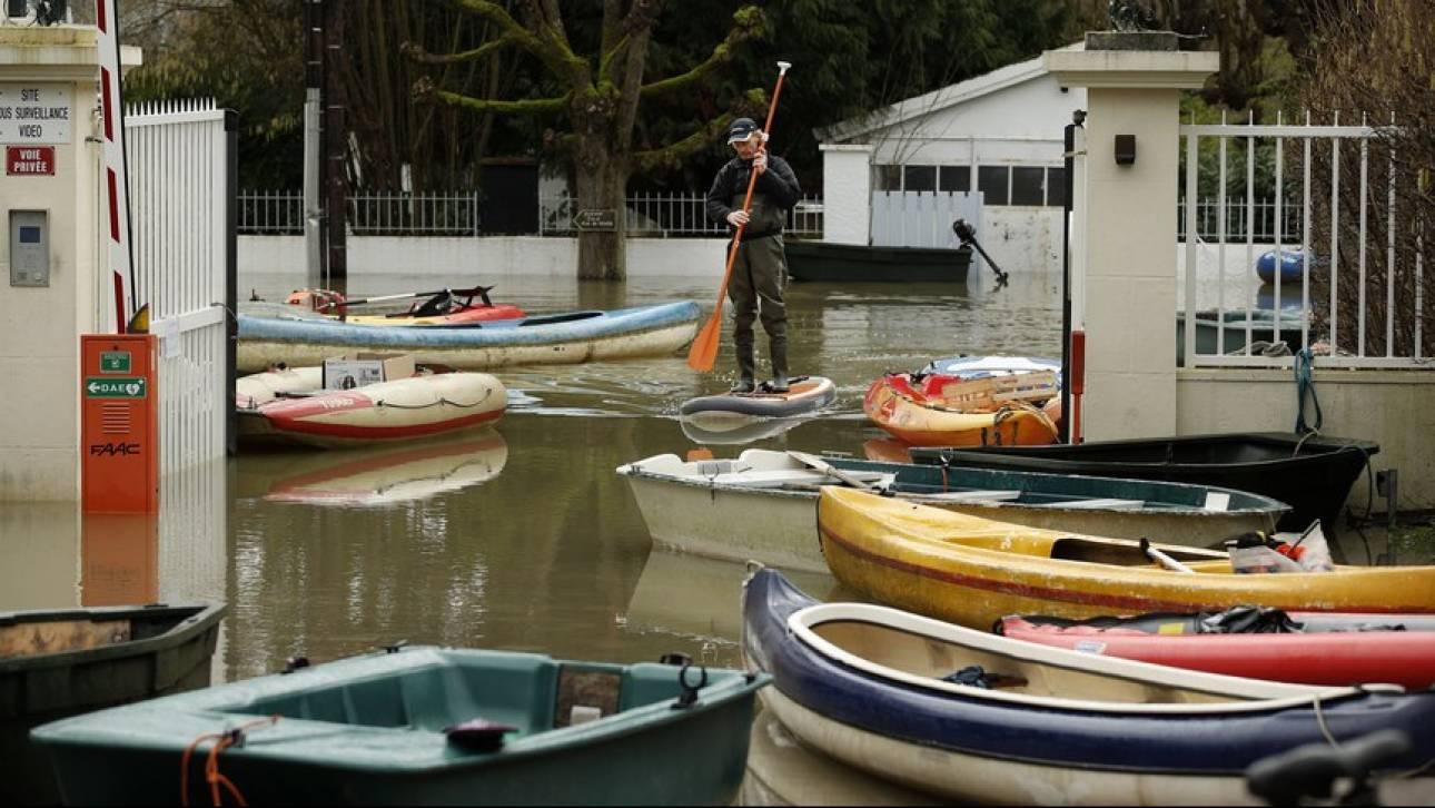 Γαλλία: Απομακρύνθηκαν 1.600 κατασκηνωτές λόγω πλημμυρών