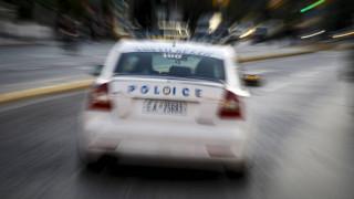 Σύλληψη 31χρονου που αποπειράθηκε να παρασύρει αστυνομικούς με το όχημά του