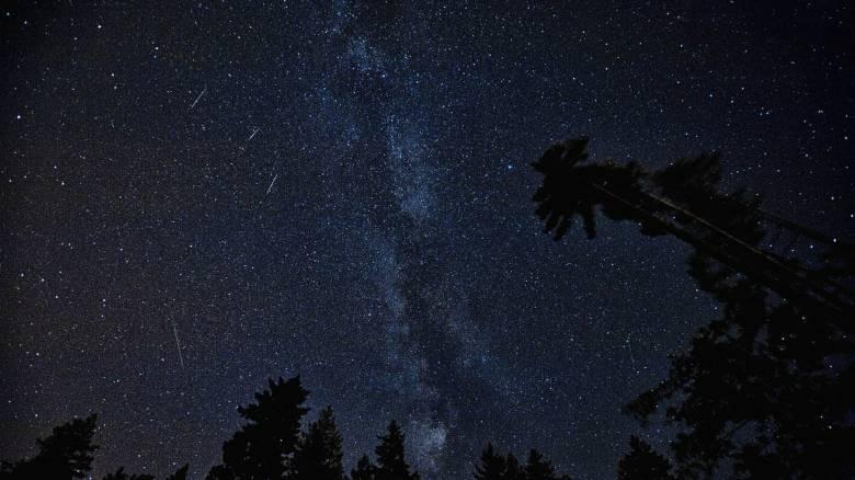 Περσείδες: «Βροχή» αστεριών το βράδυ της Κυριακής