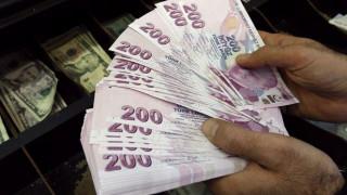 Η πτώση της αγοραστικής ικανότητας των Τούρκων, προβληματίζει τους Έλληνες επιχειρηματίες