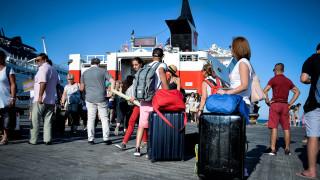 Δεκαπενταύγουστος 2018: Εγκαταλείπουν την πρωτεύουσα οι Αθηναίοι - Αυξημένη η κίνηση στα λιμάνια