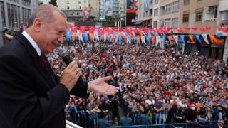 Σε υψηλούς τόνους η απάντηση Ερντογάν στις ΗΠΑ για τον Μπράνσον
