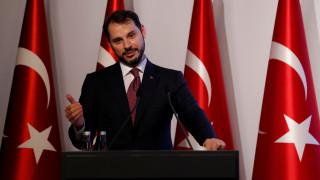 Τουρκία: Μέτρα για να ανακοπεί ο «κατήφορος» της λίρας