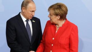 Συνάντηση Μέρκελ-Πούτιν το Σάββατο