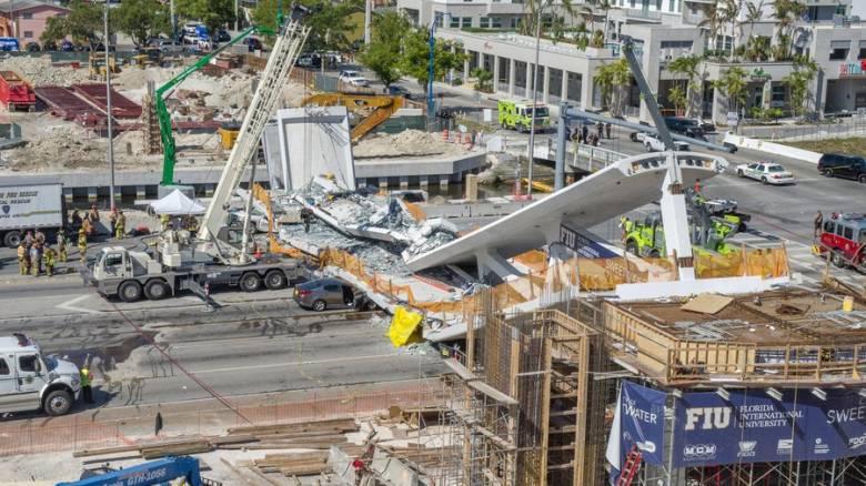 Κατέρρευσε οδογέφυρα στη Γένοβα - Φόβοι για θύματα