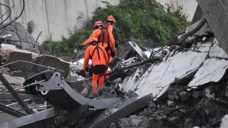 Κατάρρευση οδογέφυρας Γένοβα: Οι πρώτες εικόνες από το σημείο