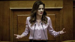 Αχτσιόγλου: Η Ελλάδα έχει ξεφύγει από το καθοδικό σπιράλ της κρίσης
