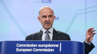 Μοσκοβισί: Σκανδαλώδης η διαδικασία λήψης αποφάσεων στο Eurogroup