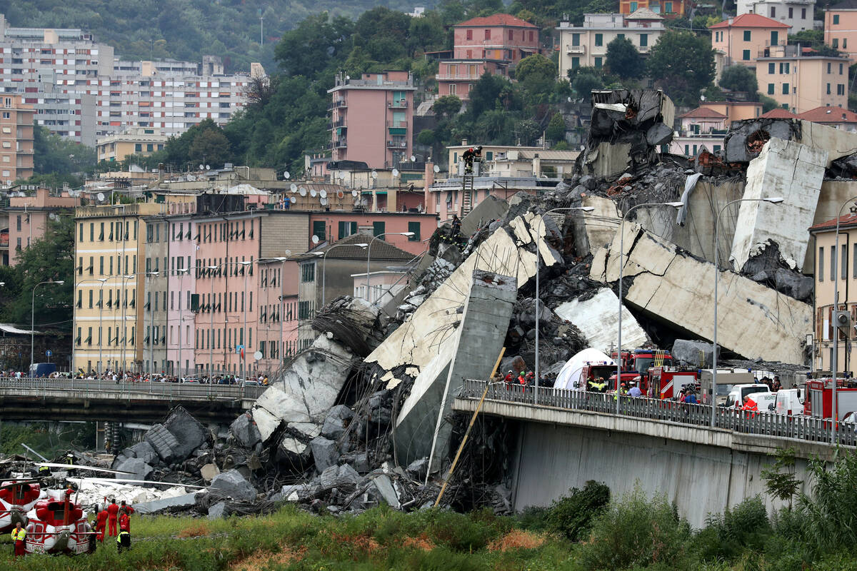 2018 08 14T133043Z 917017926 RC1E36F6A460 RTRMADP 3 ITALY MOTORWAY COLLAPSE