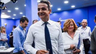 Μητσοτάκης για δύο Έλληνες στρατιωτικούς: Περιμένουμε με χαρά και συγκίνηση την επιστροφή τους