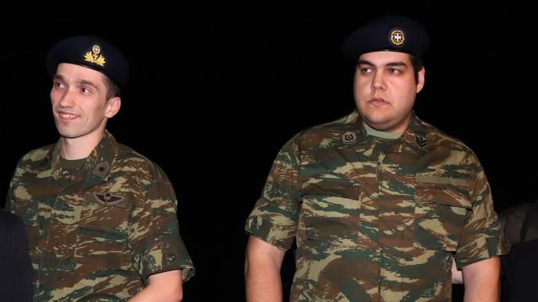 Έλληνες στρατιωτικοί: Η Παναγία έκανε το θαύμα της, δηλώνει ο πατέρας του Άγγελου Μητρετώδη