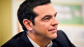 Τσίπρας: Χρόνια πολλά σε όλες τις Ελληνίδες και τους Έλληνες για το Δεκαπενταύγουστο