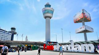 Άμστερνταμ: Καθηλωμένα τα αεροσκάφη στο αεροδρόμιο Σίπχολ