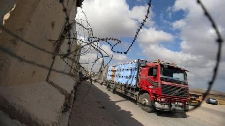 Το Ισραήλ άνοιξε ξανά το μοναδικό πέρασμα για τη μεταφορά αγαθών στη Γάζα