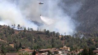 Μεγάλη φωτιά στην Κύπρο - Ανεξέλεγκτες οι φλόγες