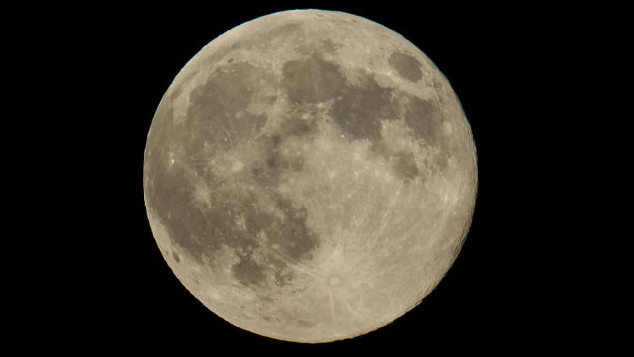 Αυτό είναι το ρόβερ που θα στείλει η Κίνα στη σκοτεινή πλευρά της Σελήνης