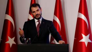 Τουρκία: Στο «μάτι του κυκλώνα» ο υπουργός Οικονομικών
