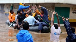 Ινδία: Περισσότεροι από 100 οι νεκροί από τις φονικές πλημμύρες