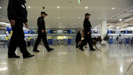Λήξη συναγερμού στο αεροδρόμιο των Χανίων - Δεν βρέθηκε βόμβα στο αεροπλάνο της Condor