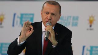 Στην αντεπίθεση ο Ερντογάν: Θα απαντήσουμε στα παιχνίδια σας