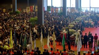 Γένοβα: Πλήθος κόσμου στην δημόσια κηδεία 16 θυμάτων από την κατάρρευση της γέφυρας