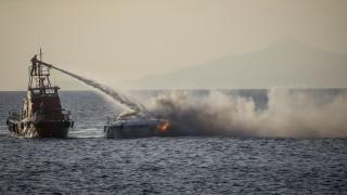 Φωτιά σε σκάφος στους Παξούς