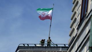 Το Ιράν θα παρουσιάσει το νέο μαχητικό του τζετ