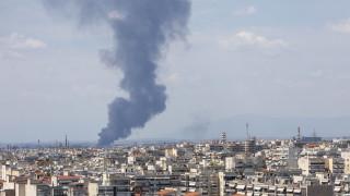 Υπό έλεγχο η φωτιά σε αύλειο χώρο εταιρείας ανακύκλωσης στη Σίνδο