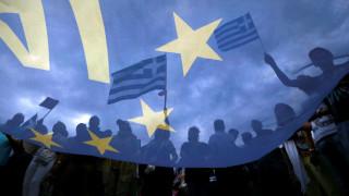 Η Ευρώπη χαιρετίζει την έξοδο της Ελλάδας από τα μνημόνια