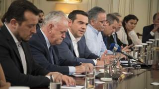 Ανασχηματισμός: Οι «καραμπόλες» κρίνουν το νέο υπουργικό σχήμα