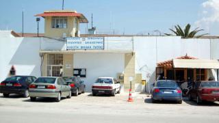 Έρευνες για τα «πειραγμένα» φυσίγγια στις φυλακές Πάτρας