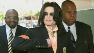 Οι διάσημοι που «κερδίζουν» εκατομμύρια μετά τον θάνατό τους