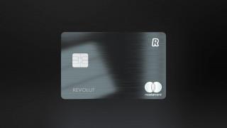 Η Revolut λανσάρει μεταλλική κάρτα