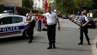 Επίθεση στο Παρίσι: Μάνα και αδελφή του δράστη οι δύο νεκροί-Ανάληψη ευθύνης από ISIS