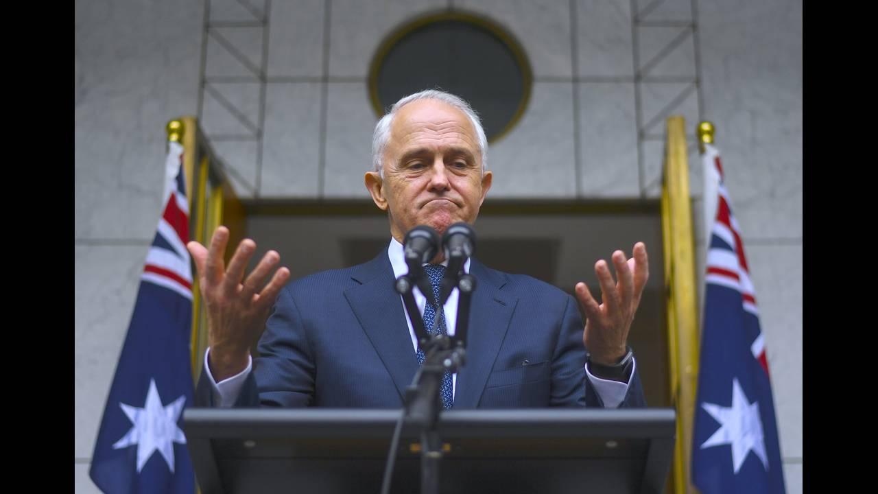 https://cdn.cnngreece.gr/media/news/2018/08/24/143887/photos/snapshot/2018-08-23T035934Z_1220173614_RC1FEB902700_RTRMADP_3_AUSTRALIA-POLITICS.JPG