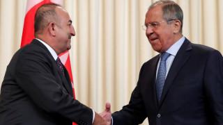 Η κατάσταση στην Ιντλίμπ στο επίκεντρο της συνομιλίας Λαβρόφ - Τσαβούσογλου