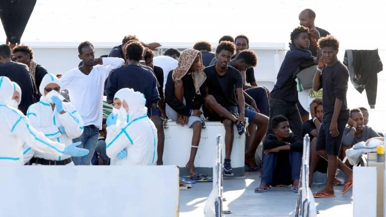 Άκαρπες οι συνομιλίες για την τύχη των δεκάδων μεταναστών του Diciotti