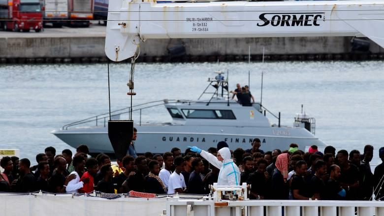 Στα άκρα οι σχέσεις Ιταλίας - Ε.Ε. για το μεταναστευτικό