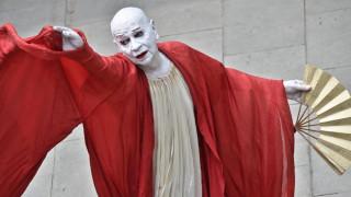 Πέθανε ο χορογράφος και χορευτής Λίντσεϊ Κεμπ