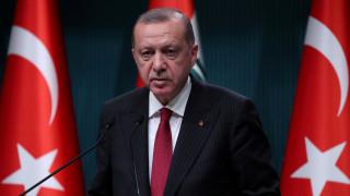 Ερντογάν: Απαιτείται η αποφασιστικότητα των Τούρκων για την αντιμετώπιση των οικονομικών επιθέσεων