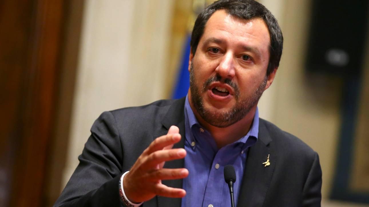 Έρευνα σε βάρος του Σαλβίνι πραγματοποιούν οι εισαγγελείς της Σικελίας