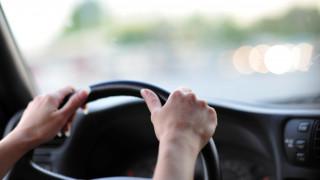 «Μείνετε σπίτι και κάντε παιδιά»: Στα χέρια της αστυνομίας άνδρας που πυροβολεί γυναίκες οδηγούς