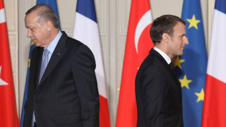«Απέχει πολύ από το να μας καταλάβει»: Η Τουρκία κατηγορεί τον Μακρόν