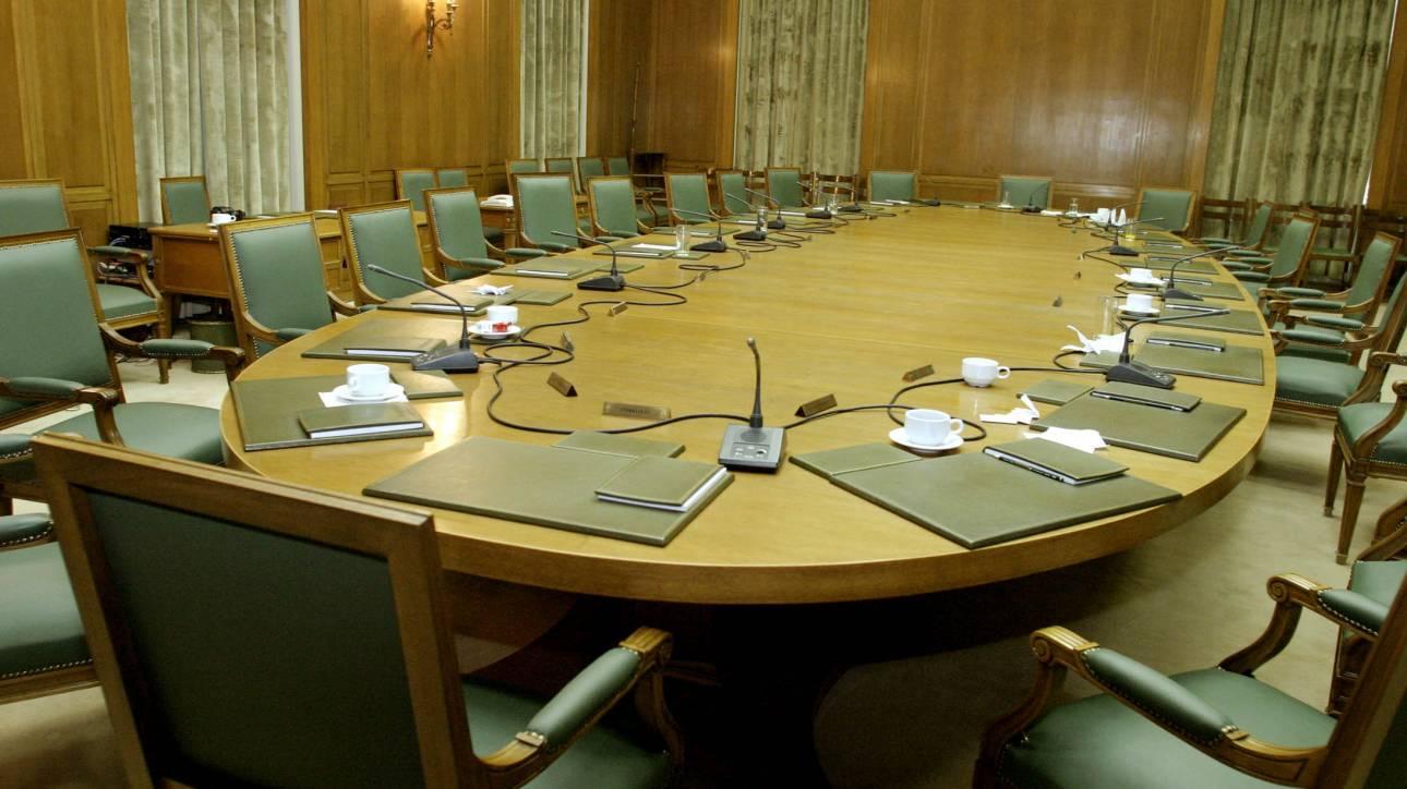 Ανασχηματισμός: Οι αντιδράσεις της αντιπολίτευσης για το νέο κυβερνητικό σχήμα